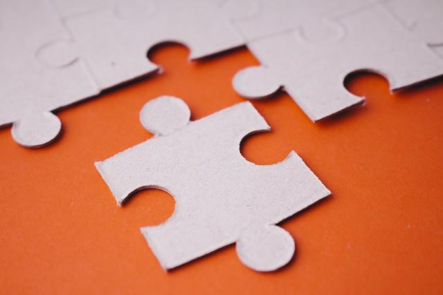 ブログを改造させる事を表すパズル