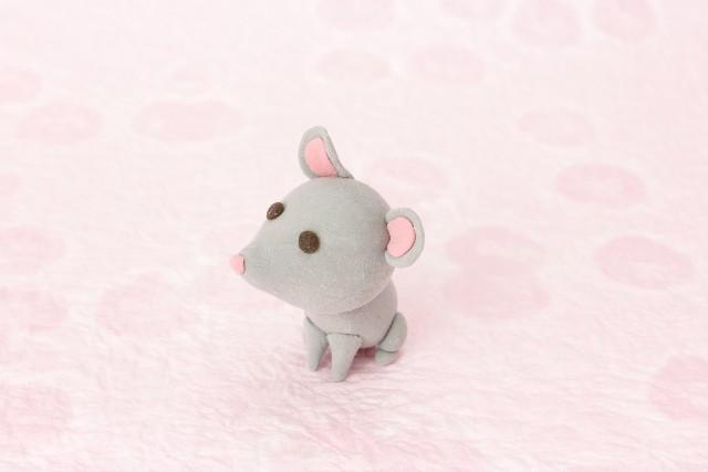 ネズミ講を暗示する画像