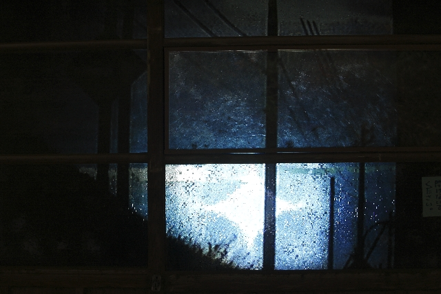 劇場の窓を表す画像