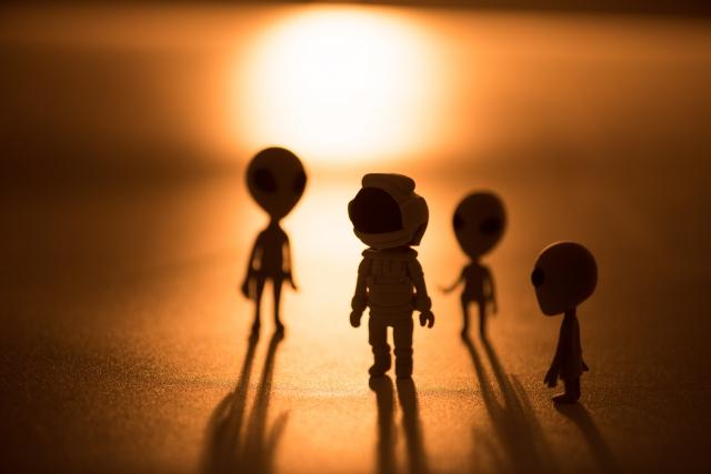 宇宙人と地球人