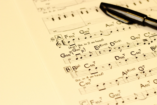 オーケストラに使用する譜面