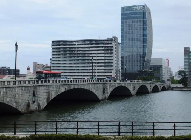新潟市万代の風景