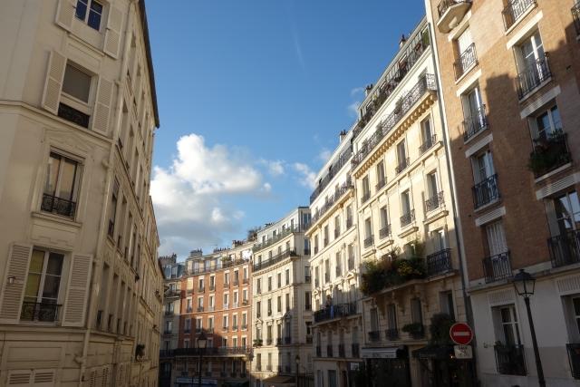 パリの街並みの画像