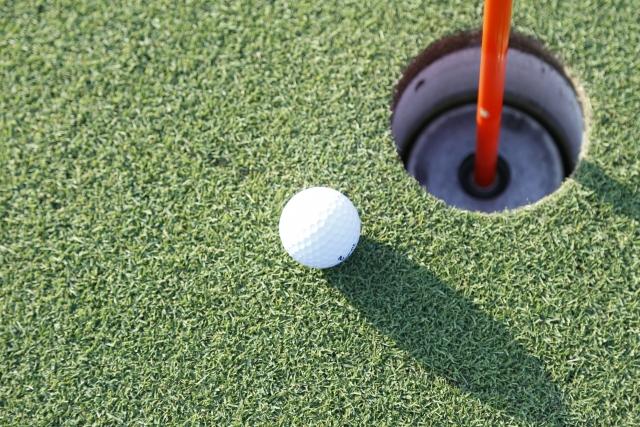 ゴルフボールの画像