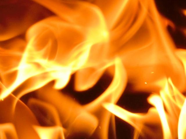 炎に焼かれてしまう悲劇