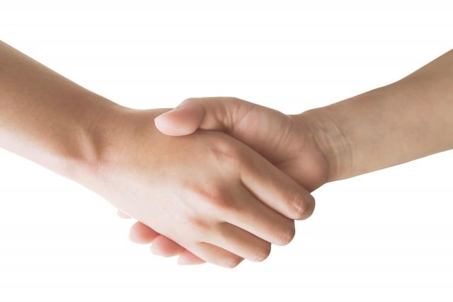 クライアントと握手