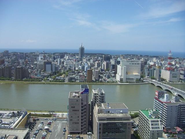 新潟市の市街地