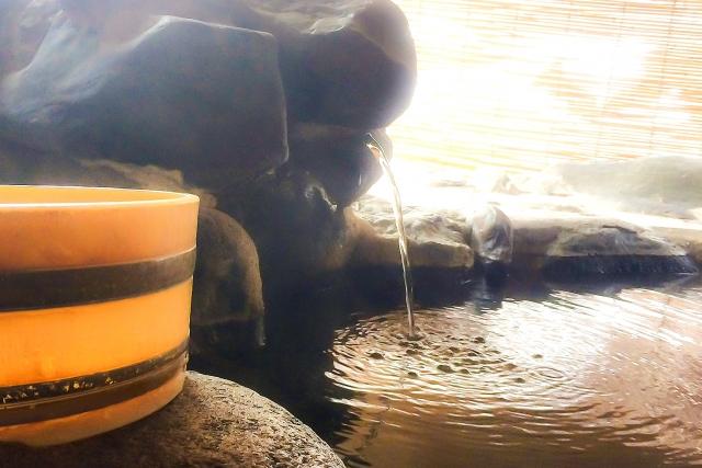 油屋の温泉