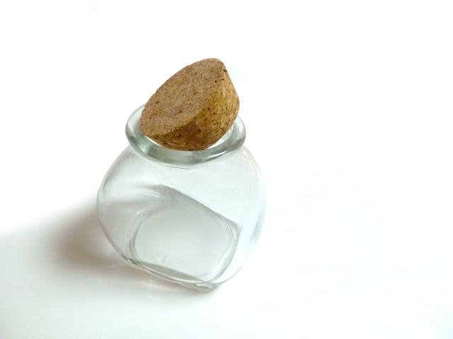 空き瓶の画像