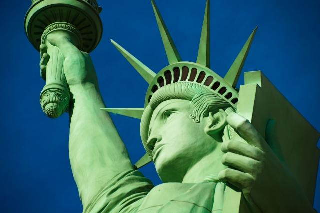 アメリカ合衆国の自由の女神像