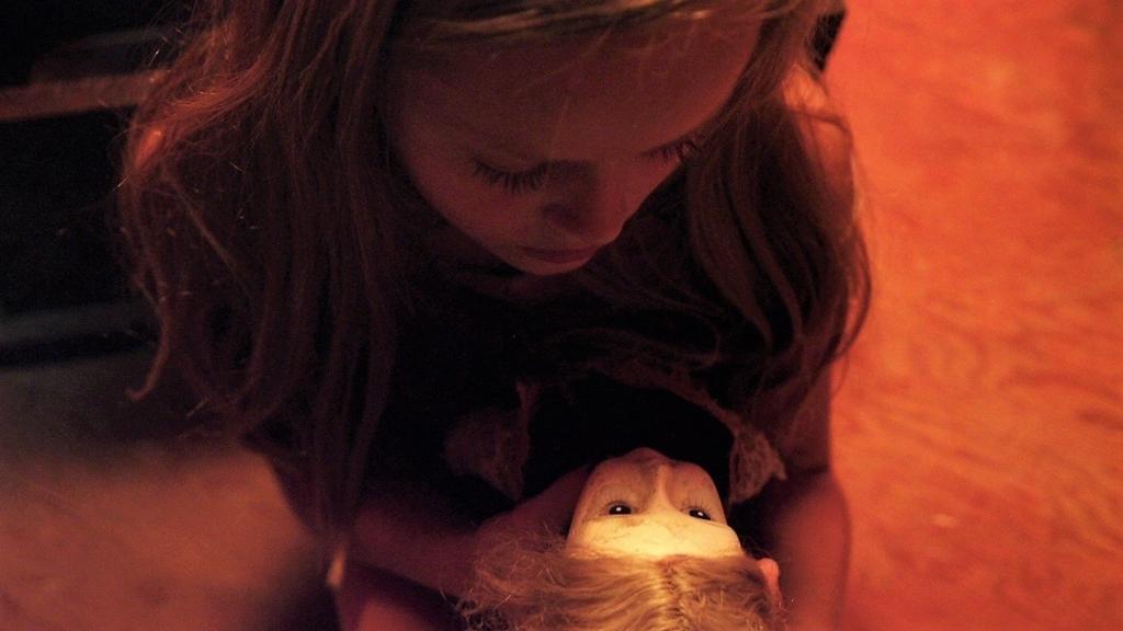 ヴィクトリアと人形