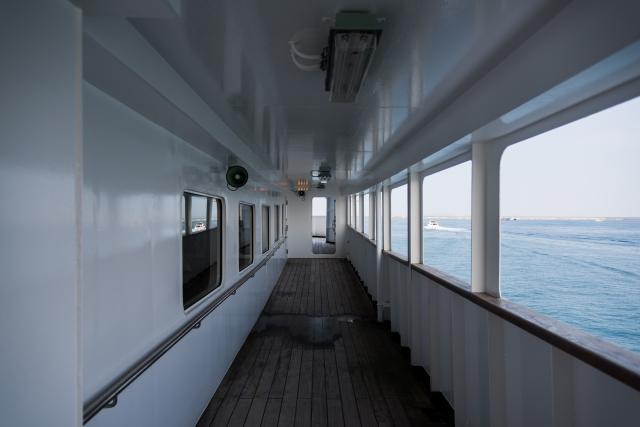 船内の画像