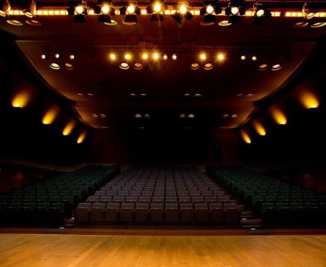 劇場の画像