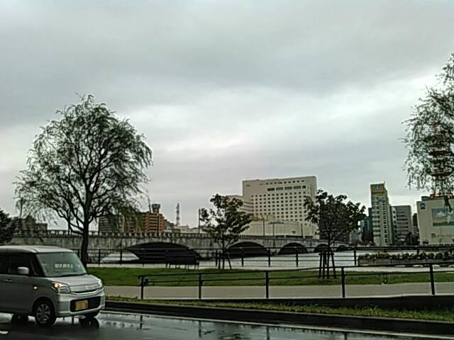 萬代橋と信濃川の画像