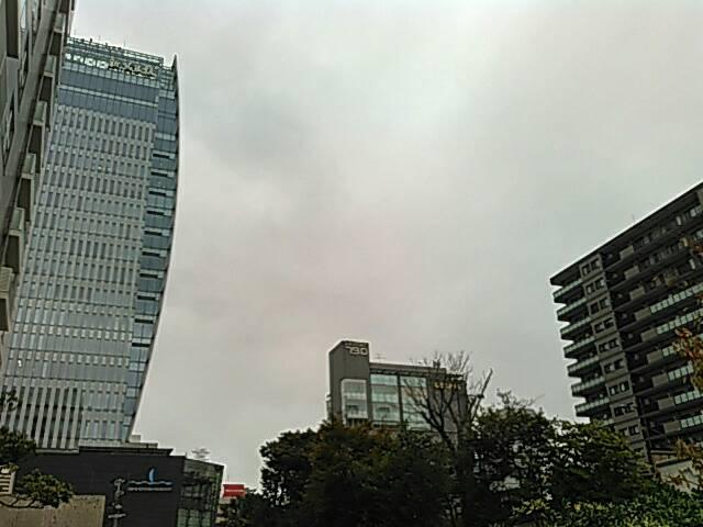 万代の高層ビル