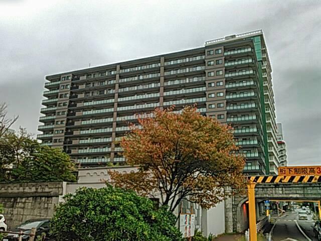 新しいマンションの画像