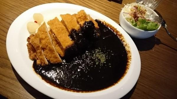 cafeToolBoxの黒カツカレー\(^o^)/