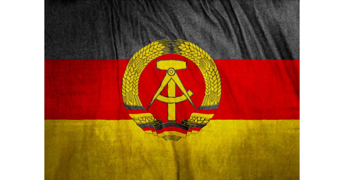 東ドイツ国旗