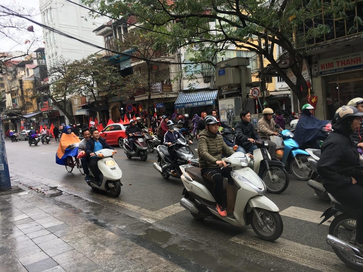ベトナム ハノイ バイク