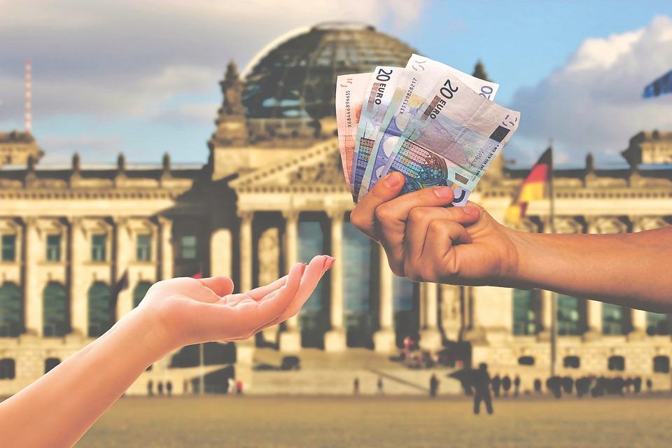 【貯金が必ず貯まる】お金を貯めるコツは『先取貯金』にある!