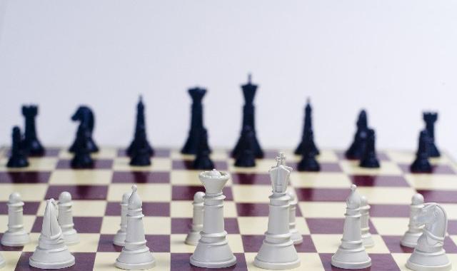 TOEIC®テスト新形式問題をチェックメイト