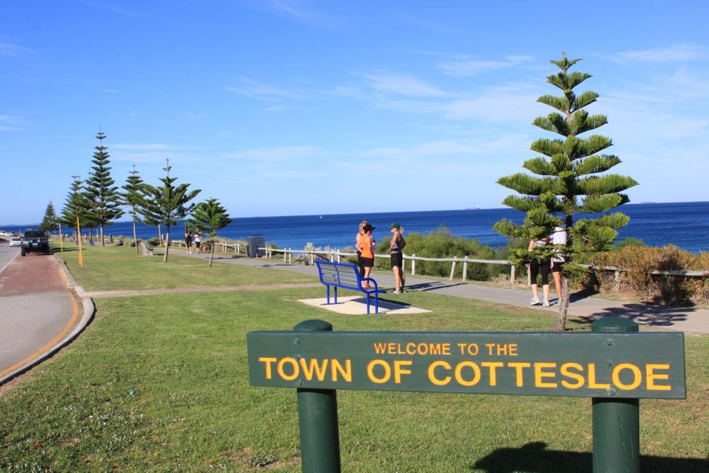 コテスローのビーチ