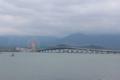 琵琶湖大橋中央部。大阪城天守より高いとかなんとか。