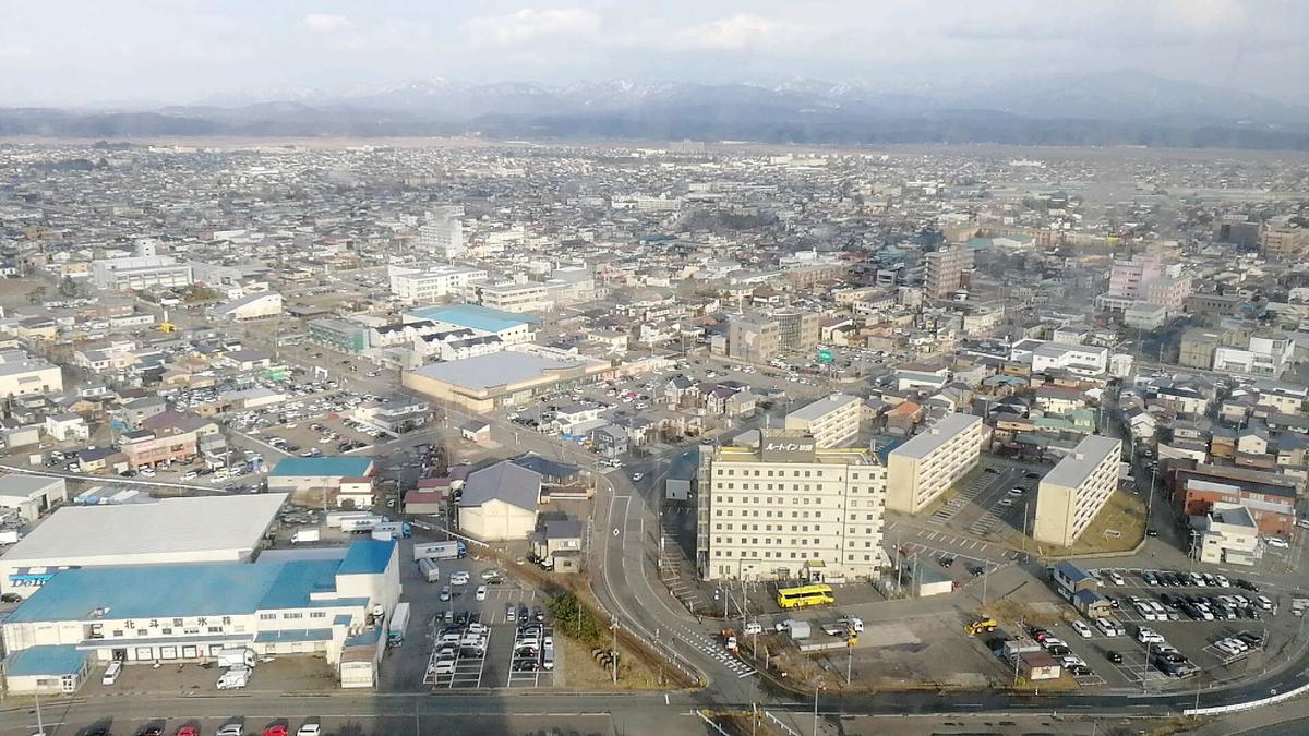 セリオン展望台から見渡す秋田市の様子1