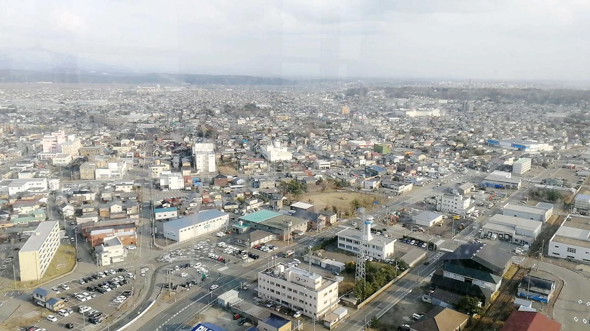 セリオン展望台から見渡す秋田市の様子2