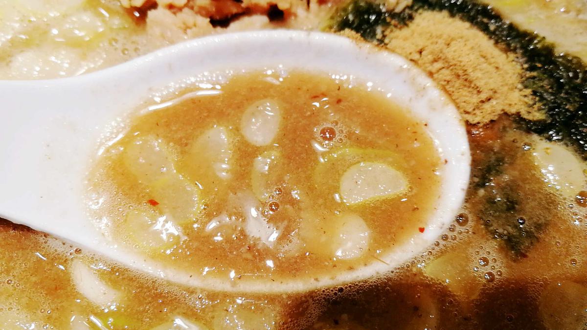 六厘舎のドロドロ濃厚スープ!