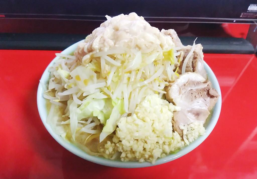冷凍うどんをラーメン二郎風にアレンジ!!!