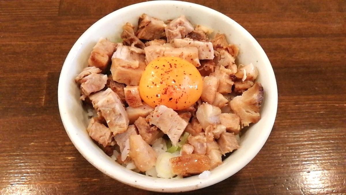 「井の庄」サイドメニューの豚ごはんも最高に美味しい!