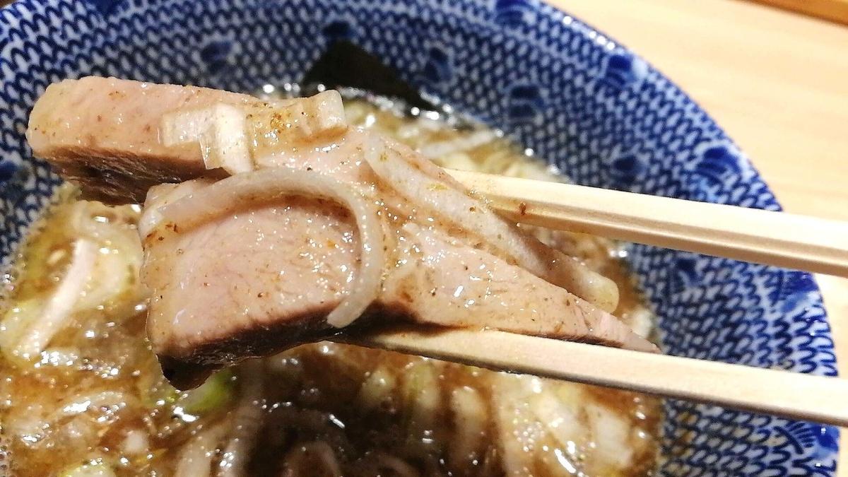 「頑者」のつけ麺は普通でも美味しいチャーシューたっぷり!
