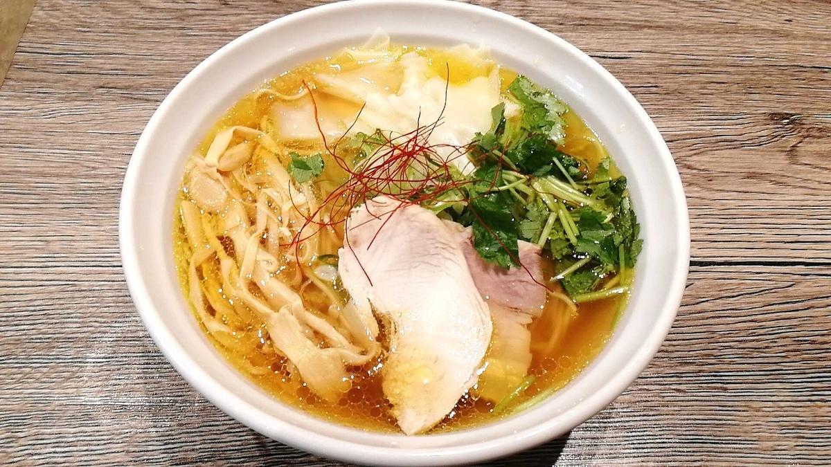 秋田駅の麺屋十郎兵衛の一番人気!比内地鶏ワンタン麺を食べてみた!