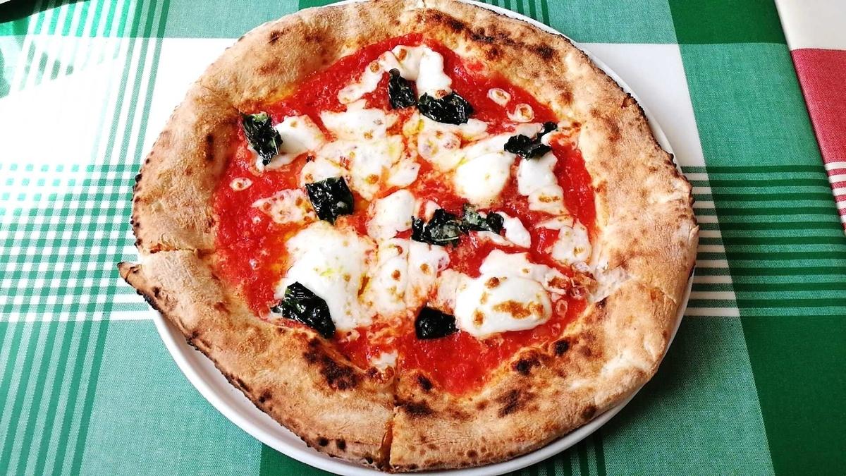 山のはちみつ屋ピザ工房のマルゲリータが超美味かったです!