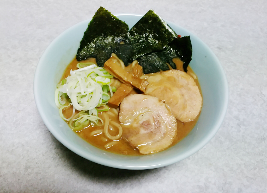 宅麺を利用すれば「とみ田」のラーメンが並ばず食べられます!