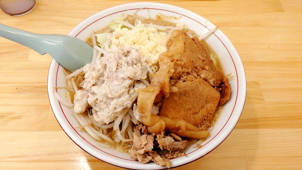 よし虎とチェ・タケダの二郎系ラーメン比較!