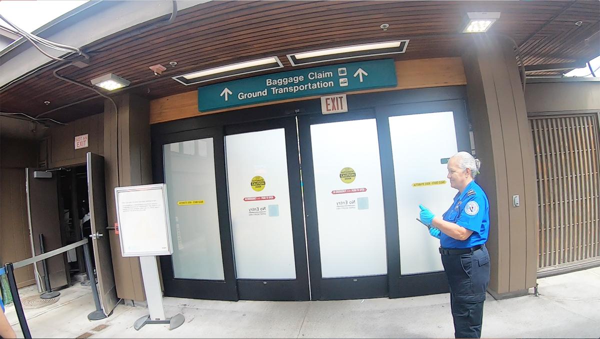 コナ国際空港バゲッジクレーム場所