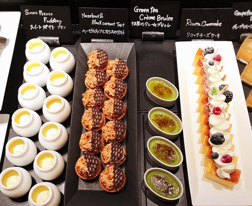ザ・テラス2018年6月チーズデザートブッフェ「アトリエコーナー」リコッタチーズケーキ、抹茶のクレームブリュレ、ヘーゼルナッツとカシスのタルト、スイートポテトプリン