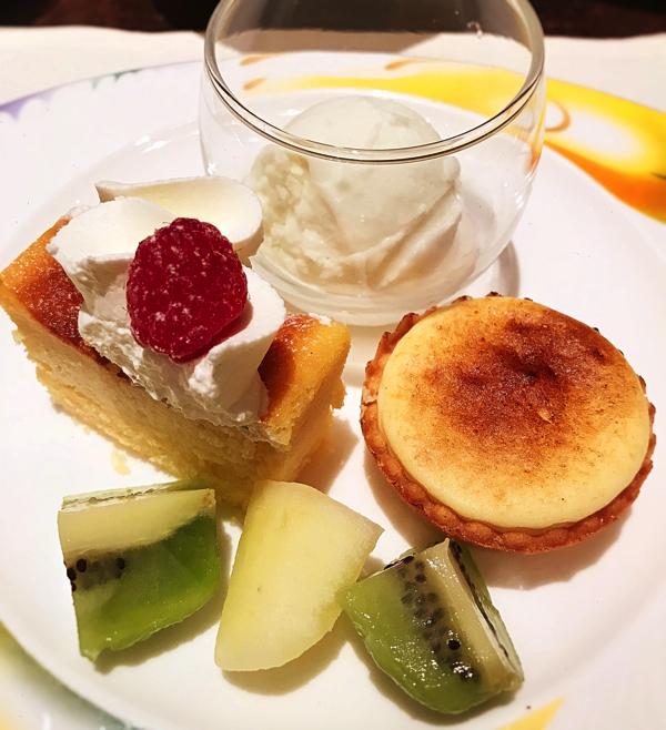 【アトリエ】ライムココナッツ(シャーベット)、【アトリエ】リコッタチーズケーキ、チーズタルト