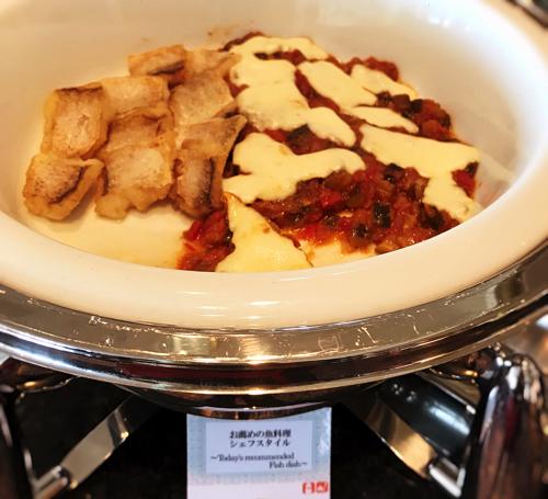 お勧めの魚料理シェフスタイルは白身のお魚にラタトゥイユ添え