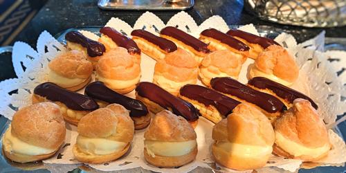 ル・ノルマンディ サマーランチビュッフェ『チーズ チーズ チーズ』シュークリームとエクレア