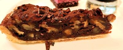 チョコレートとピーカンナッツのパイ