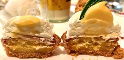 レモン風味のレアチーズタルト