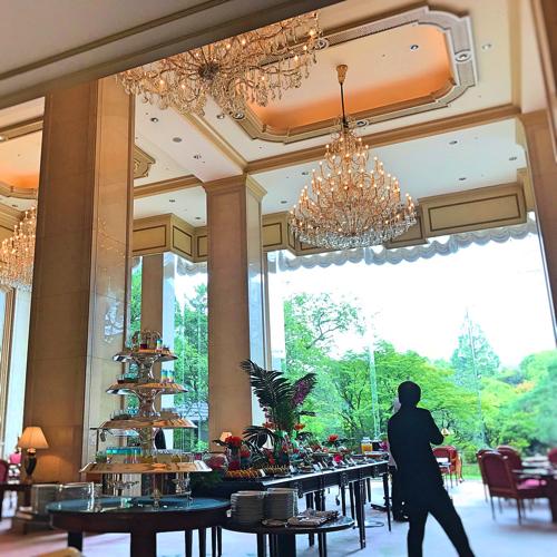 リーガロイヤルホテル東京 ガーデンラウンジ デザートビュッフェ
