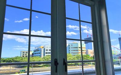 ヨコハマグランドインターコンチネンタルホテル2階「ラ ヴェラ」からの眺め