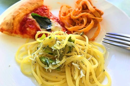 【瀬戸内シラスのスパゲティペペロンチーノ】、マルゲリータ、タリアテッレサルシッチャ