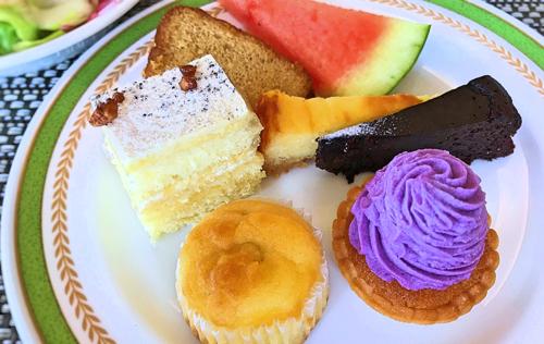 夜間飛行 秋のショートケーキ、オレンジティーケーキ、ベイクドチーズケーキ、クラッシックショコラ、スイートポテト、紫いものモンブラン*