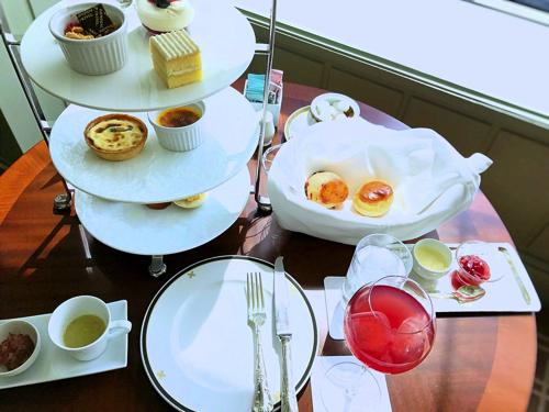 帝国ホテル東京 インペリアルラウンジ アクア 英国アフタヌーンティー【おひとり様】の様子はこんな感じでした