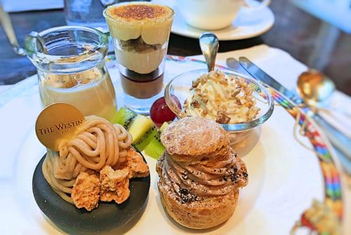 ザ・テラス2018年11月マロンデザートブッフェ「柚子風味のマロンヨーグルト、カシス入りマロンのキャラメリゼ、マロンシャンティー、マロンペーストクランブル添え、マロンとコーヒーのシュークリーム*」